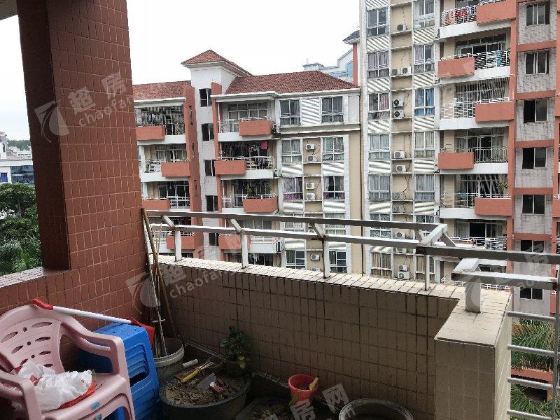 鳳南花園二手房陽臺