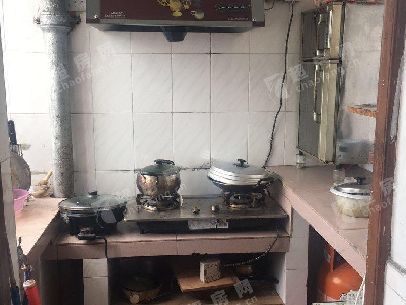 百花樓二手房廚房及衛生間