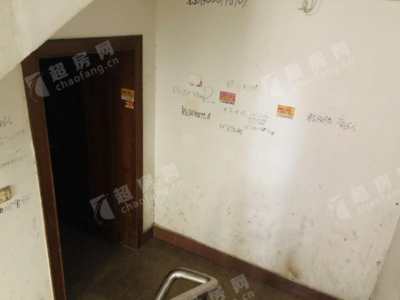 祥興北路二手房廚房及衛生間