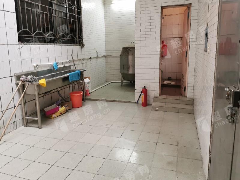 幸福居委會二手房廚房及衛生間