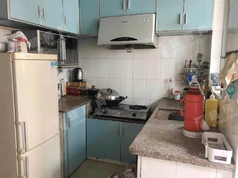 云桂二街二手房廚房及衛生間