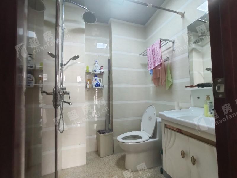 嘉兆臺二手房廚房及衛生間