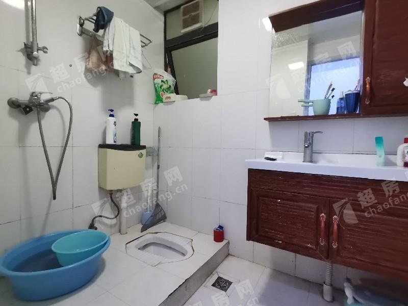 都匯豪庭二手房廚房及衛生間