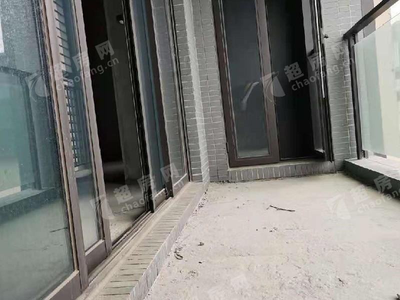 華僑城天鵝湖二手房露臺