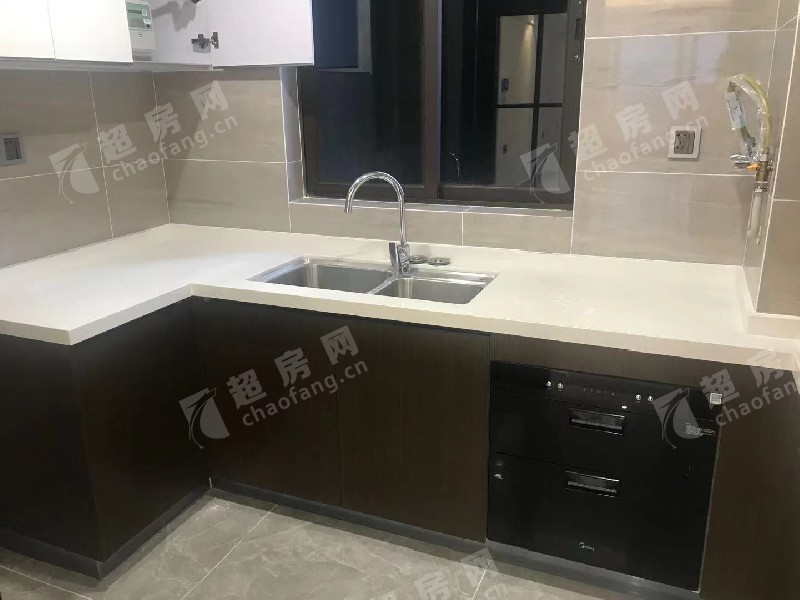 美的桂畔君蘭二手房廚房及衛生間