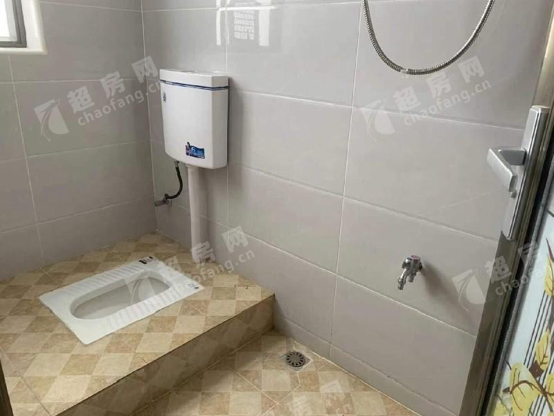 范沙出租房廚房及衛生間