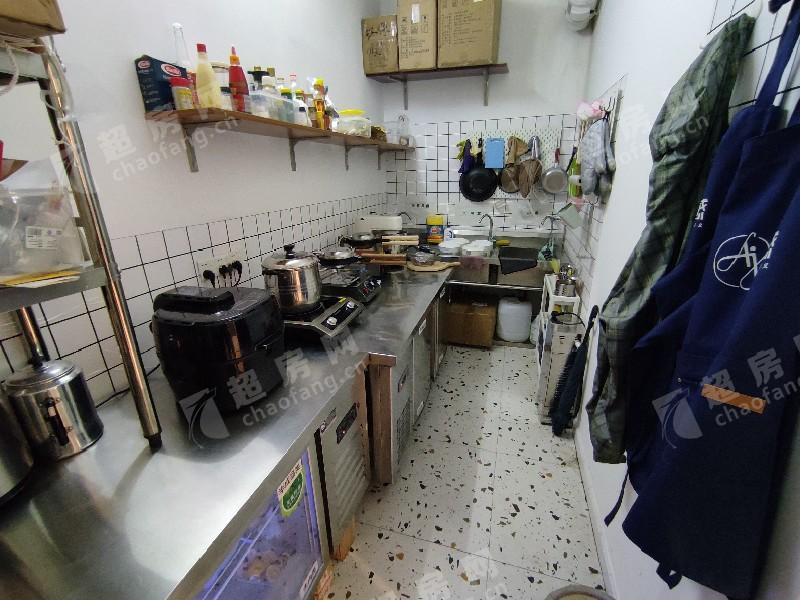 桂畔港(創意產業園)出租房廚房及衛生間