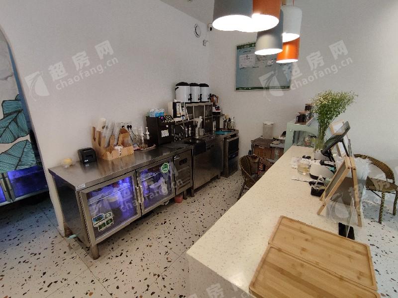 桂畔港(創意產業園)出租房客廳